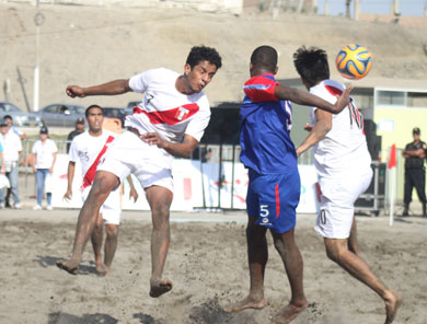 Perú no tuvo mayor problema para superar comódamente a Rep. Dominicana (Foto: Prensa JJBB Huanchaco 2014)