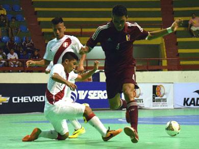 Perú volvió a empatar en el Sudamericano Sub20 de Futsal, esta vez su rival fue Venezuela (Foto: Luis Dominguez / CBFS)