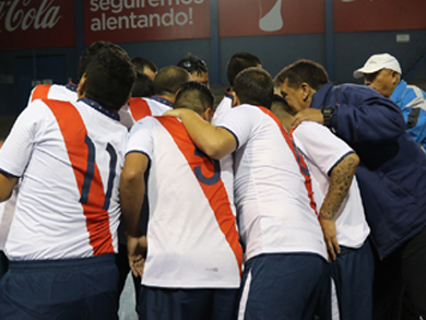 Municipal buscará sumar su segundo triunfo a costas de UNMSM (Foto: Dep. Municipal Futsal)